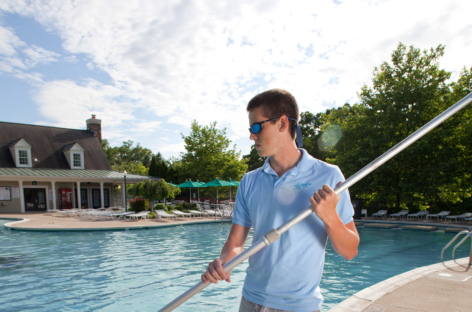 Five Pool Services Handled By Professionals